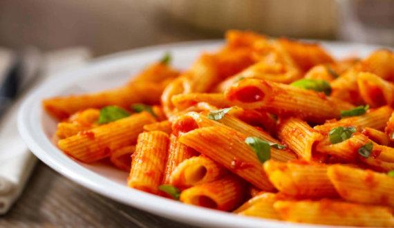 pasta-pomodoro-e-formaggio